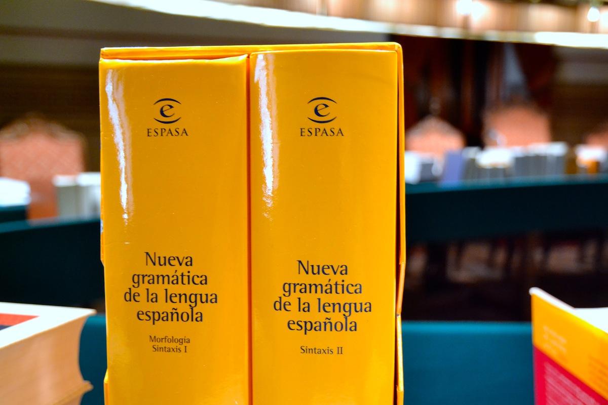 Nueva Gramática Morfología Y Sintaxis Asociación De Academias De La Lengua Española
